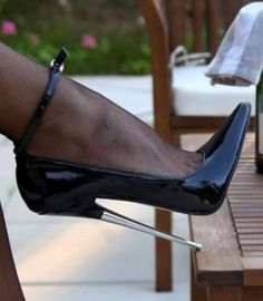 it is like standing on your tippy toes. it is like standing on your tippy toes. Extreme High Heels, Black High Heels, High Heels Stilettos, High Heel Boots, Heeled Boots, Black Boots, Nylons Heels, Stockings Heels, Talons Sexy