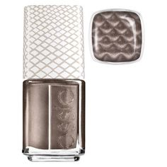 Essie Snake, Rattle & Roll - the applicator has a magnet on top that you hold over the wet polish on your nails to create the snakeskin look! Cute Nails, Pretty Nails, Essie Nail Colors, Nail Polishes, Nail Colour, Magnetic Nail Polish, Essie Polish, Cosmetics & Fragrance, Beauty Nails