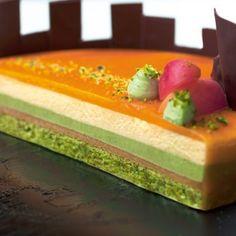 Apricot and pistachio entremet Elegant Desserts, Fancy Desserts, Just Desserts, Mousse Dessert, Mousse Cake, Zumbo Desserts, Entremet Recipe, Opera Cake, Rhubarb Cake