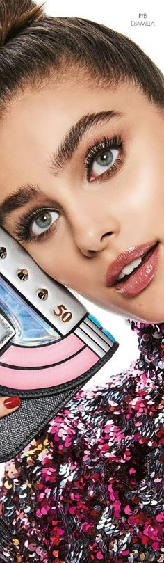 52 Ideas For Fashion Vogue Japan Taylor Hill Style, Taylor Marie Hill, Beauty Care, Beauty Hacks, Pure Beauty, Best Beans, Actrices Hollywood, Vogue Japan, Perfume