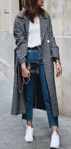 #fall #outfits women's black and gray plaid coat