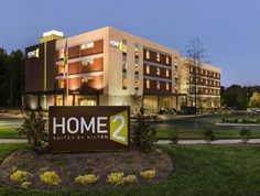 Charlotte (NC) Home2 Suites Charlotte I-77 South United States, North America Set in a prime location of Charlotte (NC), Home2 Suites Charlotte I-77 South puts everything the city has to offer just outside your doorstep. The property features a wide range of facilities to make your stay a pleasant experience. All the necessary facilities, including free Wi-Fi in all rooms, 24-hour front desk, facilities for disabled guests, express check-in/check-out, luggage storage, are at h...
