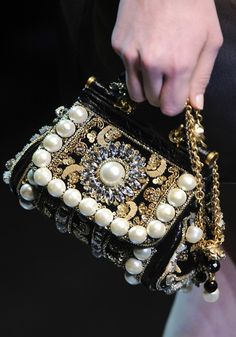 Dolce & Gabbana Fall 2012 Ready-to-Wear Fashion Show Details