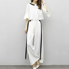 Women's Plus Size Party Work Street chic Sophisticated Flare Sleeve Loose Short Set - Striped Color Block, Bow Pant / Summer / Sexy 2019 - ₽ Modest Fashion, Hijab Fashion, Korean Fashion, Fashion Dresses, Look Fashion, Girl Fashion, Womens Fashion, Street Chic, Paris Street