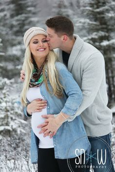 ideas for baby pictures winter maternity session