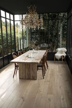 Old engineered oak parquet. Cambridge reactive hue, natural look. Floating installation, compatible with underfloor heating. Casa Patio, Interior Decorating, Interior Design, Dining Room Inspiration, Parquet Flooring, Glass House, Home And Living, Small Living, Living Room
