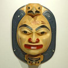 Moon Mask by Henry R. Kelly, Nisga'a, Tsimshian artist (X80501)