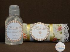 Maternidade, papelaria personalizada, chocolate em tecido e álcool gel, scrapfesta, princesa, coroa.