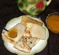 W Mojej Kuchni Lubię.. : naleśniki z migdałowym aromatem i z musem dyniowym...