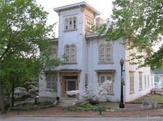 The property 320 N Main St, Louisiana, MO 63353 is currently not for sale. View details, sales history and Zestimate data for this property on Zillow. Abandoned Houses, Old Houses, Louisiana Homes, Antebellum Homes, Second Empire, Old House Dreams, Romanesque, Historic Homes, Victorian Homes