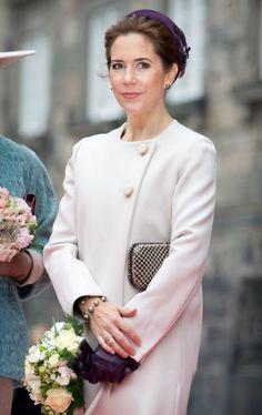 Danish royals attend opening of the parliament in Copenhagen, Denmark, 7 October 2014 Denmark Royal Family, Danish Royal Family, Crown Princess Mary, Prince And Princess, Mary Donaldson, Pregnant Princess, Denmark Fashion, Princess Marie Of Denmark, Danish Royalty