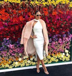 #fashion #fashionphotography #luxury #luxurylife #vegas #nyc #dubai #style #streetphotography #stylish#wedding#love#celebrity#bright#amazing#bride#aeddedwonderland#fantasybride#beautiful#justmarried#style#fashion#beauty#make_up#diamonds#jewellers#fashion#moda#love#glam#travelling#travel#glam#glamour#tokyo