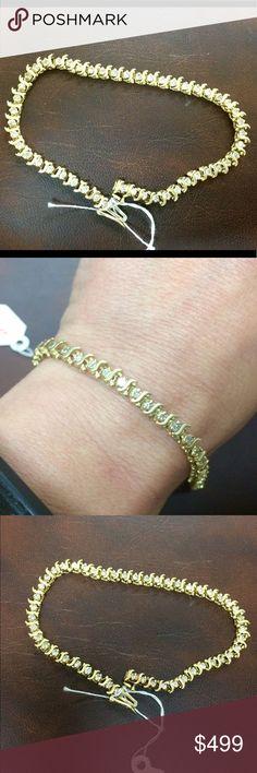 """14k Gold & Diamond tennis bracelet Vintage Estate Beautiful 14k gold and 1.5cttw diamond tennis bracelet. 7.5"""" long Jewelry Bracelets"""