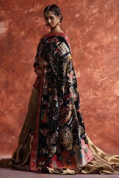 Browse the latest Pret, Semi-formal and Bridal collections, explore our campaigns and discover our traditional Craft Revival techniques. Indian Dresses, Indian Outfits, Indian Clothes, Designer Sarees Wedding, Multiple Outfits, Indian Ethnic Wear, Indian Beauty Saree, Indian Designer Wear, Black Silk