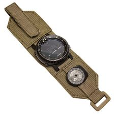 Survival Prepping Must Have Survival Tools Tactical Watch, Tactical Wear, Tactical Clothing, Tactical Survival, Survival Watch, Survival Tools, Survival Prepping, Molle Backpack, Combat Gear