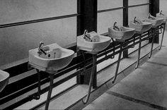 Hunstanton School, 1954 - Peter and Alison Smithson… Alison And Peter Smithson, School Bathroom, Famous Architecture, International Style, Interior, Furniture, Image Search, England, Design