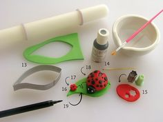 A lovely little ladybug fondant tutorial - perfect for your spring cakes and cupcakes!