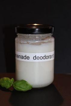 """Onlangs kreeg ik een bericht van een vriendin. Ze was ergens een """"recept"""" voor deodorant tegengekomen en dacht dat het wel wat voor mij zou zijn. Ik hoop dat ze me dat stuurde omdat ze weet hoe gra..."""