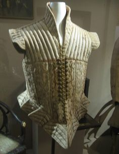 """The leather doublet, believed to be worn for fencing practice, featured in Janet Arnold's """"Patterns of Fashion"""" Elizabethan Costume, Medieval Costume, Elizabethan Clothing, Historical Costume, Historical Clothing, 16th Century Fashion, Patterns Of Fashion, Renaissance Fashion, Renaissance Clothing"""