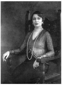 HM Queen Nazli, Queen Mother of Egypt.
