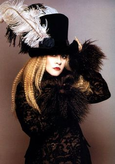 Love this look even I rarely dress like this now-stevie nicks the original gypsy