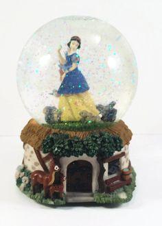 New to VintageVybe on Etsy: Snow White Snow Globe - Disney Snow Globe -Disney Princesses (39.99 USD)