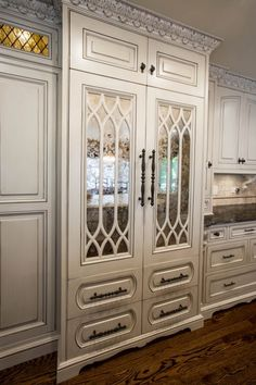 Custom Luxury Refridgerator Design.❤️I love love the dark glaze on these cabinets & crown molding, really accentuating every crevice.❤️