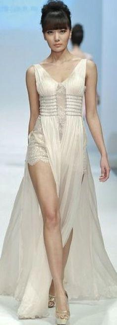 Mercedes-Benz China Fashion Week Zhang Jingjing Haute Couture Collection
