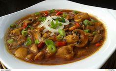 Myslíme si, že by sa vám mohli páčiť tieto piny - Kung Pao Chicken, Ratatouille, Poultry, Stew, Thai Red Curry, Food And Drink, Treats, Cooking, Health