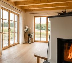 Tiroler Kombihaus / Riegel-Block-Hauskombination bauen Build a Tyrolean combination house / block-block-house combination Diy Fireplace, Modern Fireplace, Block House, Curtains Childrens Room, Cool Curtains, Farmhouse Remodel, Cottage Kitchens, Cabin Homes, Bars For Home