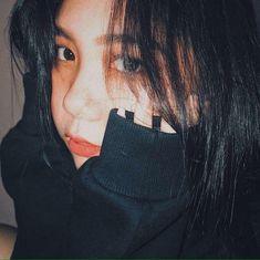 Whos this girl? Ulzzang Korean Girl, Cute Korean Girl, Asian Girl, Asian Boys, Cool Girl Pictures, Girl Photos, Ideal Girl, Filipina Girls, Teenage Girl Photography
