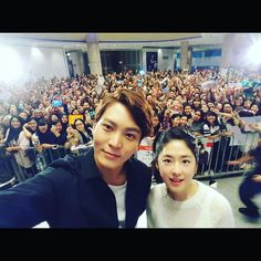 "IG @ zu.won_moon.jun.won ""#thanks #singapore #gangdoctor #용팔이 #박혜수 #goodbye #seeyousoon"""