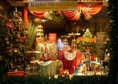Christmas Store Windows New York City - Yahoo Image Search Results Christmas In Germany, Christmas Time Is Here, Christmas Store, Christmas Shopping, Christmas Fun, Xmas, Holiday Store, Christmas Houses, German Christmas