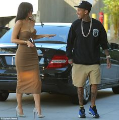 The calm before the storm: Kylie Jenner was spotted out in Los Angeles with Tyga on Tuesday, two hours before learning that former brother-in-law Lamar Odom had collapsed Tyga And Kylie, Estilo Kylie Jenner, Kylie Jenner Look, Kyle Jenner, Kylie Jenner Outfits, Kardashian Style, Kardashian Jenner, Kylie Travis, Outing Outfit