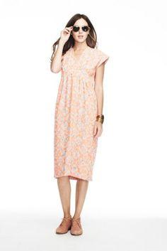 Lauren Moffatt's Secret To A Never-Ending Summer Wardrobe