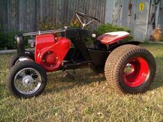 Hi everyone, now that my 430 is almost done, I'm thinking about building a little rat rod Wheel Horse. Yard Tractors, Lawn Mower Tractor, Small Tractors, Lego Tractor, Tractor Decor, Compact Tractors, Antique Tractors, Vintage Tractors, Wheel Horse Tractor