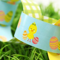 Easter Themed Paper Chains from @Postbox Party on Not On The High Street #easter