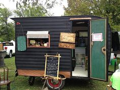 Starling Travel » Teardrops & Tiny Trailers