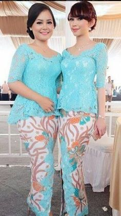 Kebaya Lace, Kebaya Dress, Batik Kebaya, Batik Dress, Blouse Dress, Model Kebaya Brokat Modern, Dress Brokat Modern, Modern Kebaya, Kebaya Masa Kini