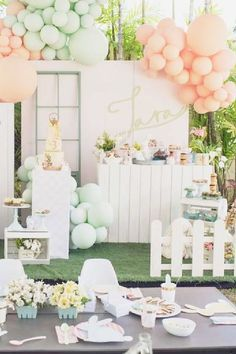 Take a look at this adorable Spring themed Easter party! Love the dessert table! See more party ideas and share yours at Catchmyparty.com #catchmyparty #partyideas #spring #springparty #easter #easterparty Easter Dinner, Easter Party, Animal Birthday, Girl Birthday, Dessert Table Backdrop, Table Decorations, Party Themes, Party Ideas, Animal Cakes