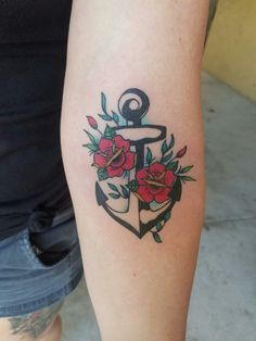 #flowertattoo #tattoo #roses #anchor #anchorflower #anchortattoo #ditchtattoo #girlswithtattoos
