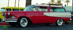 Photo of a red & white 1958 Edsel Roundup 2 Door Station Wagon at the Scottsdale Pavilions Classic Car Show in Arizona. Ford Motor Company, Edsel Ford, Car Station, Barn Door Designs, Unique Cars, Car Photos, Custom Cars, Vintage Cars, Cool Cars