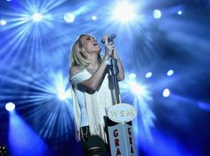 Best moments from 'American Idol' finale... #CarrieUnderwood: Best moments from 'American Idol' finale #CarrieUnderwood… #CarrieUnderwood