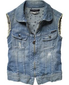 really lovin the denim vest for summer!