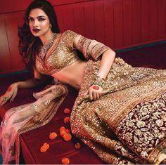 Fullonwedding - Bridal Wear - 10 Best Sabyasachi Bridal Outfits - Deepika Red…
