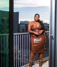 Curvy Girl Outfits, Plus Size Outfits, Plus Size Teen, Plus Sise, Plus Size Fashionista, Goth Women, Curvy Women Fashion, African Fashion Dresses, African Beauty