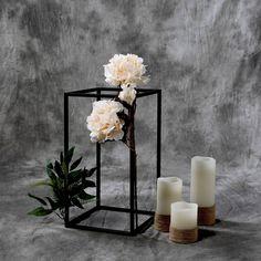 Wedding Table Centerpieces, Floral Centerpieces, Wedding Decorations, Masquerade Centerpieces, Fall Wedding, Dream Wedding, Black Wedding Decor, Wedding Ideas, Elegant Wedding