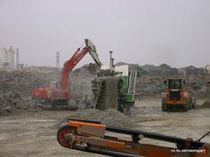 Data mining and mining: Interesting machines: Earthmoving equipment: Earth...