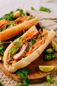 This homemade Lemongrass Chicken Banh Mi recipe will rival any sandwich you've had at a Vietnamese restaurant, and it's easy to make! Vietnamese Sandwich, Banh Mi Sandwich, Sandwich Recipes, Chicken Sandwich, Vietnamese Banh Mi, Vietnamese Cuisine, Vietnamese Restaurant, Easy Vietnamese Recipes, Authentic Pho Recipe
