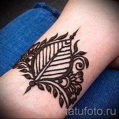 мехенди на руке браслет - фото временной тату хной 13266 tatufoto.ru